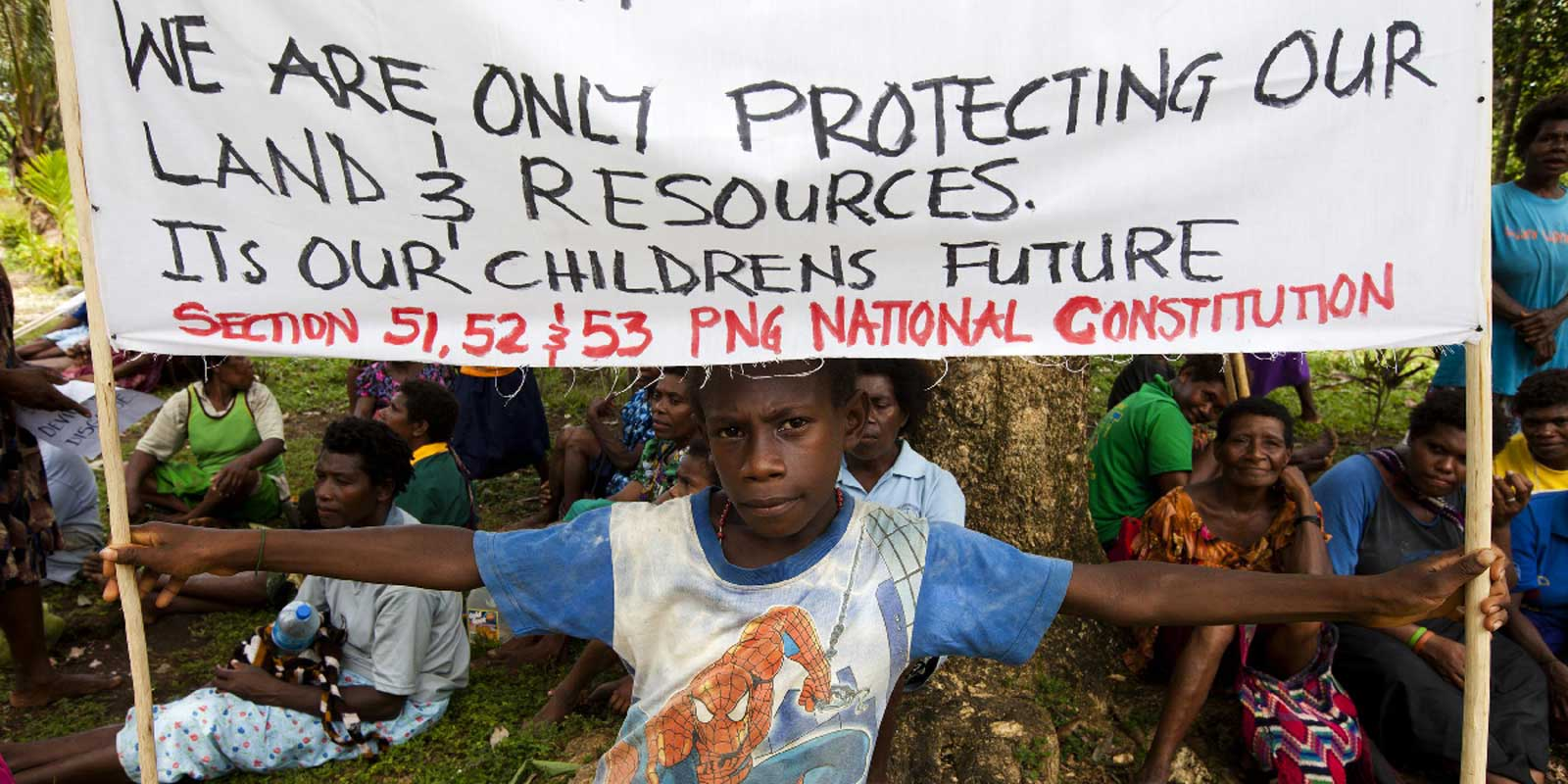 Protest against illegal logging in Pomio, PNG, 2011