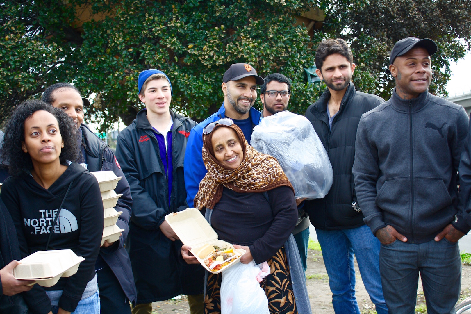 Muslim and Eritrean immigrant communities in the East Bay head to Fruitvale to deliver hot meals and blankets for the homeless during the holidays.
