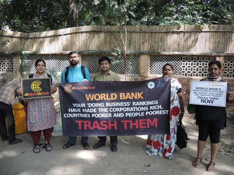 Protestors in Delhi ask the World Bank to end Doing Business rankings, 2014. © Our Land Our Business / The Rules